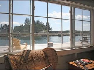 Classically chic and stunning house with waterside, expertly finished boathouse - Port Clyde vacation rentals