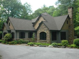 New Elegant Mountain English Cottage Sleeps 8 - Cashiers vacation rentals
