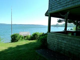 Authentic 1940`s renovated cottage -an absolute waterfront gem. - Rockland vacation rentals