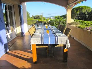 Villa in Ste Maxime with views of St Tropez. - Saint-Maxime vacation rentals