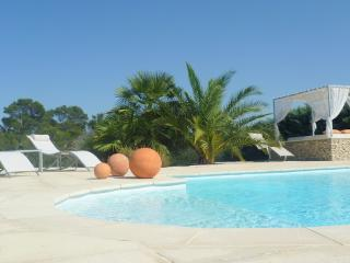 1 bedroom House with Internet Access in Nîmes - Nîmes vacation rentals