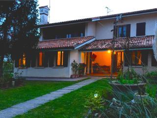 CASA DELLA NONNA,  appartamento 70 mq piano terra - Noventa di Piave vacation rentals