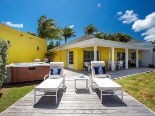 Perfect Villa with Internet Access and Balcony - Grand Cul-de-Sac vacation rentals