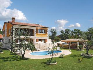 5 bedroom Villa in Porec Buici, Istria, Porec, Croatia : ref 2046992 - Filipini vacation rentals