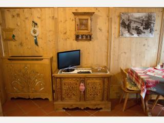 Romantic Suite Faloria, balcony, Wi-Fi, panorama - Cortina D'Ampezzo vacation rentals