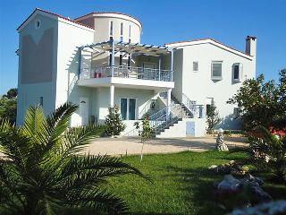 4 bedroom Apartment in Nafplio, Peloponese, Greece : ref 2057469 - Kiveri vacation rentals