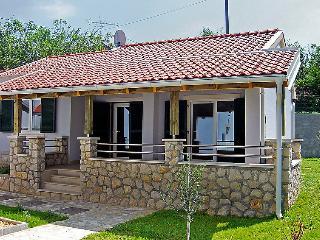 2 bedroom Villa in Rab Kampor, Kvarner Islands, Croatia : ref 2057499 - Kampor vacation rentals
