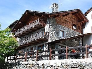 Sunny 1 bedroom House in Cogne with Internet Access - Cogne vacation rentals