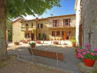 Nice 2 bedroom House in Lucolena in Chianti - Lucolena in Chianti vacation rentals