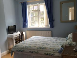 Nice 1 bedroom Bed and Breakfast in Loughton - Loughton vacation rentals