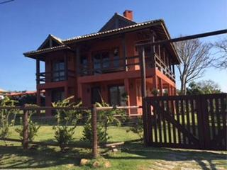 Excellent House Great Location - Large, 3 bedrooms - Praia Rosa vacation rentals