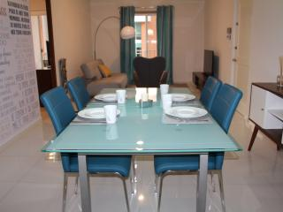 Perfect Place: 3 Bdr Apartment - Monterrey vacation rentals