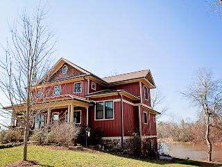 5 bedroom House with Internet Access in Mills River - Mills River vacation rentals