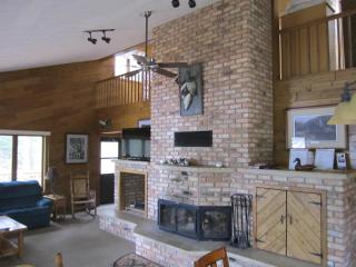 Nice 5 bedroom House in Woodruff with Boat Available - Woodruff vacation rentals