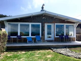 Arch Cape Oceanfront Chateau: Relax in Luxury! - Arch Cape vacation rentals