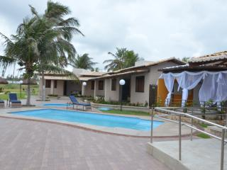 Bright 4 bedroom Vacation Rental in Maracajau - Maracajau vacation rentals