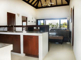 Waterlands Waterfront Cottage - 3 Bedrooms - Kralendijk vacation rentals