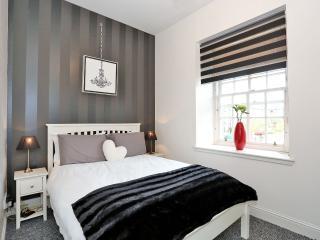 Nice 1 bedroom Aberdeen Condo with Internet Access - Aberdeen vacation rentals