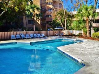 New Listing! Recently Updated 3BR Hilton Head Island Condo w/Wifi, Wet Bar & Outstanding Amenities - Walk to the Beach! Just Minutes from Shopping, Dining & More! - Hilton Head vacation rentals