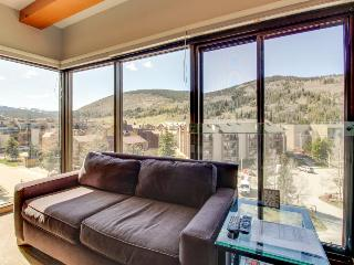 Dog-friendly, ski-in condo w/shared hot tub, pool & sauna - Copper Mountain vacation rentals