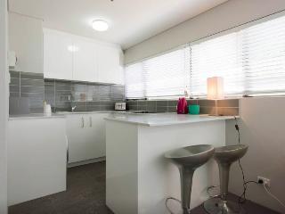 Convenaient and Cosy Studio - Sydney vacation rentals