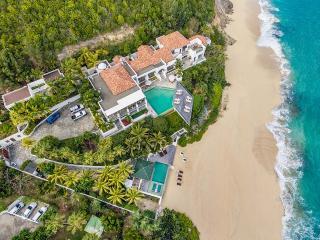 L'Oasis at Baie Rouge, Saint Maarten - Beachfront, 2 Pools, Jacuzzi & Chef - Terres Basses vacation rentals