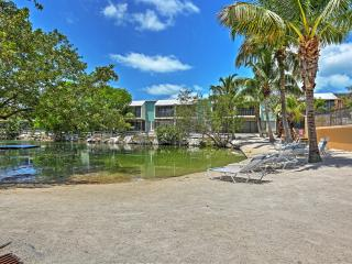 New Listing! Blissful 3BR Key Largo Condo w/Wifi & Access to Saltwater Lagoon, 2 Pools & Full Marina - Close to Beaches, Golf, Fishing, Diving & More! - Key Largo vacation rentals