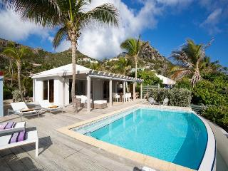 Perfect 2 bedroom Anse Des Cayes Villa with Internet Access - Anse Des Cayes vacation rentals