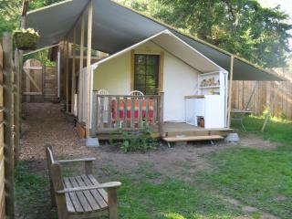 Gallery Glamp - Salt Spring Island vacation rentals
