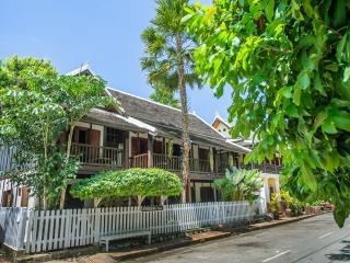 Cozy 2 bedroom Luang Prabang Villa with Internet Access - Luang Prabang vacation rentals