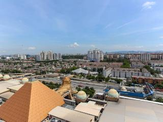 Studio Apartment, Sunway Pyramid Tower, Malaysia - Petaling Jaya vacation rentals