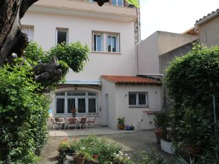 Convenient Condo with Internet Access and Dishwasher - Port-Vendres vacation rentals