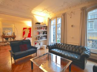 Amazing Apartment Notre Dame - Paris vacation rentals