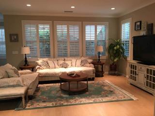 Beautiful Irvine 3b Family House with Yard - Irvine vacation rentals