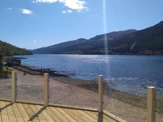 Ardmay, Arrochar, stunning lochside location - Arrochar vacation rentals