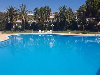 THE BEST LOCATION VILAMOURA ALGARVE - Vilamoura vacation rentals