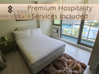 SIGLO SUITES @ Azure Santorini 504 - Paranaque vacation rentals