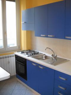 Appartamento nuovo vicinissimo centro - Cremona vacation rentals