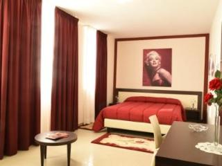 Merylinn Guest House - Camera comfort 2 - Battipaglia vacation rentals