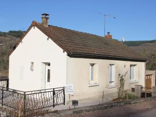 Nice House with Satellite Or Cable TV and Garage - Chaumard vacation rentals