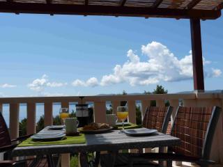 Perfect 2 bedroom Apartment in Bol - Bol vacation rentals