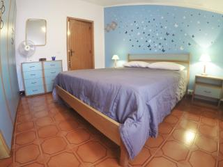 comodissima casa a 100m dalla spiaggia - Castelsardo vacation rentals