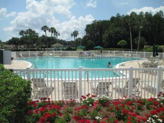 Golf & Country Club Villa in Gated Golf Community - Trinity vacation rentals