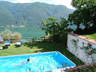 Charming 4 bedroom Townhouse in Porlezza - Porlezza vacation rentals