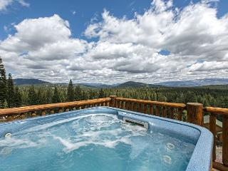 Rhineland - Amenity-Packed, Gorgeous 4 BR 3 Bath Home w/ Hot Tub & Views!! - Truckee vacation rentals
