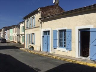Lovely spacious village house close to beaches - Mortagne-sur-Gironde vacation rentals