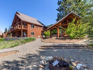 Remarkable Home w/ Great Views! Pool Access, Hot Tub, Game Rm,AC, FREE NIGHTS - Cle Elum vacation rentals