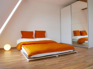 AIRSTAY Exclusive Apartment BASEL - Allschwil vacation rentals