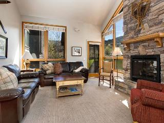 Well Appointed Red Pines Townhome— Park City Ski Resort Memories Await! - Park City vacation rentals