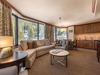 2BR Sweeping Valley View Resort at Squaw Creek Corner Unit Sleeps 6 - Olympic Valley vacation rentals